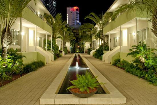 Dorchester Hotel $139 ($̶1̶7̶4̶) - UPDATED 2018 Prices & Reviews - Miami Beach, FL - TripAdvisor