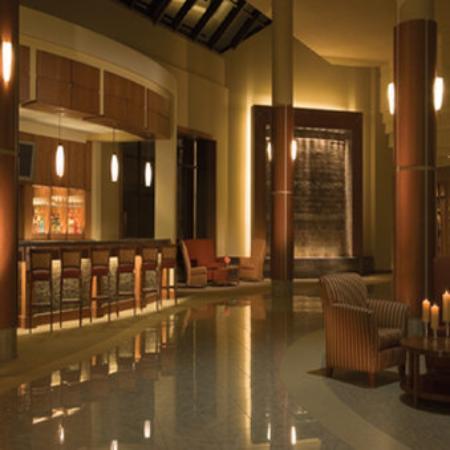 Bedroom Hotel Suites In Traverse City Mi