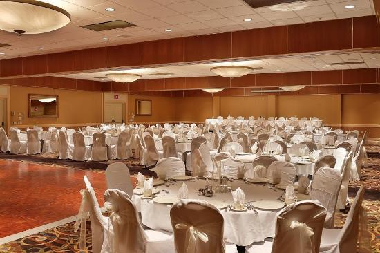 Hotel Mead & Conference Center: Ball Room