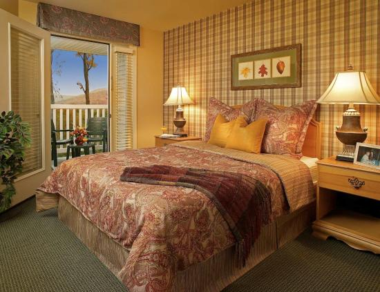 Vacation Village in the Berkshires: Guest Room at Vacation Village at Berkshires