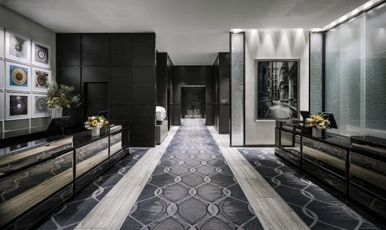 The St. Regis San Francisco: Lobby