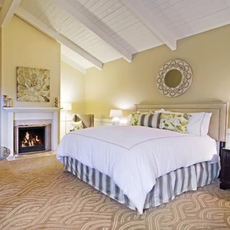 Carriage House Inn: Guest Room