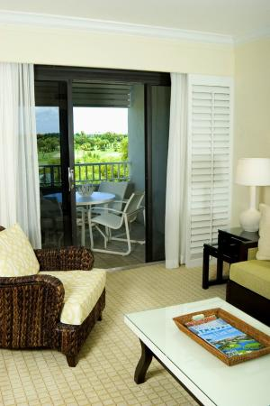 Resort at Longboat Key Club: Junior Suite Golf Course View