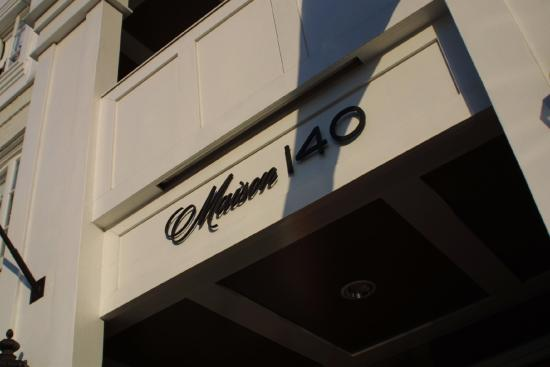 Maison 140 Beverly Hills: Exterior