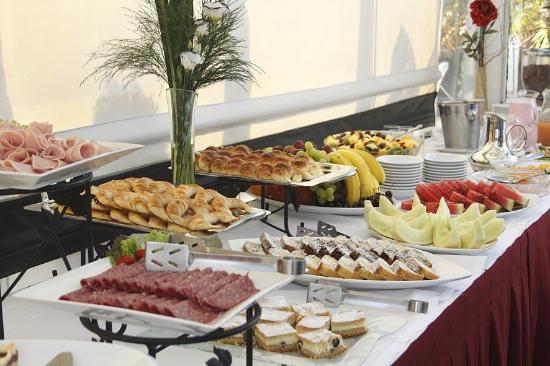 El Conquistador Hotel: Desayuno