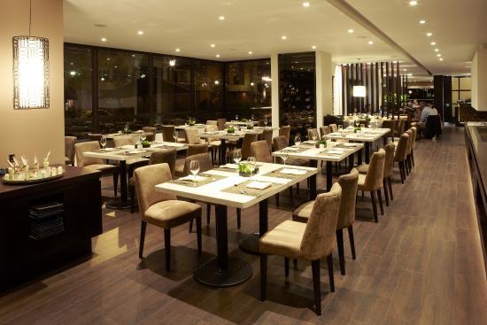 101 Park House: Restaurant