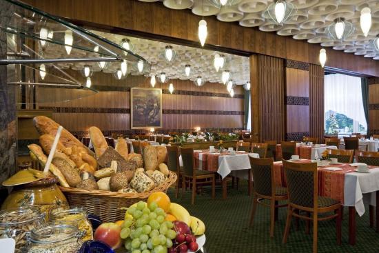 Danubius Health Spa Resort Heviz: Tavirozsa Restaurant