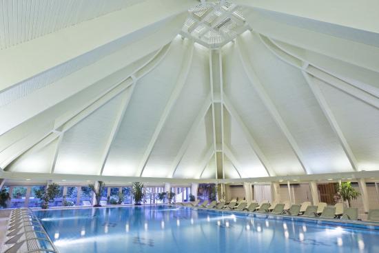 Danubius Health Spa Resort Heviz: Swimming Pool