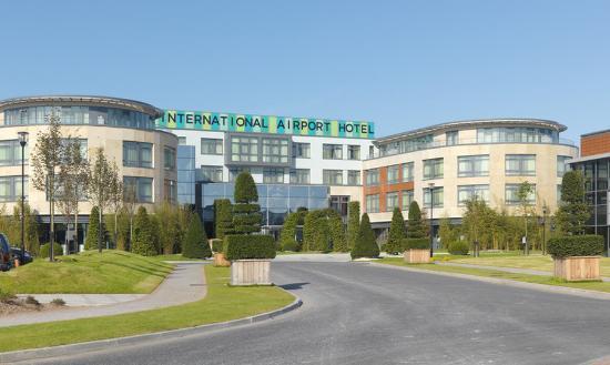 Cork International Hotel: Exterior View