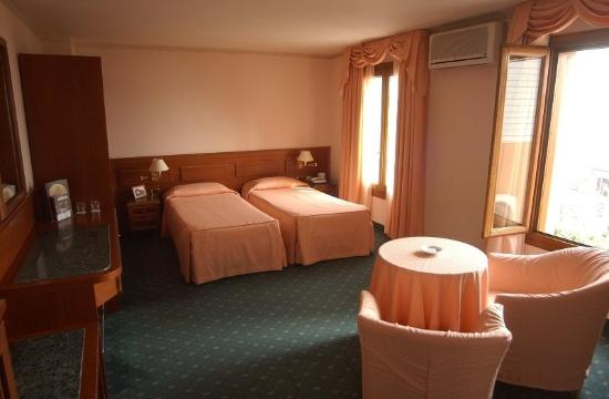Hotel Laurin: Double Room Superior