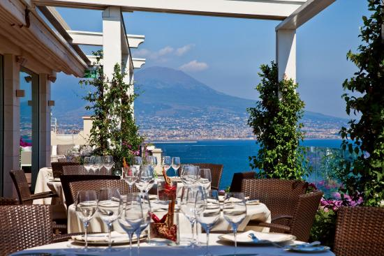Grand hotel vesuvio 249 2 7 0 updated 2017 prices for Hotels naples