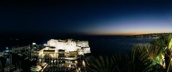 Grand Hotel Vesuvio: Egg Castle