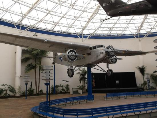 Old ford tri motor picture of san diego air space for Ford motor company museum