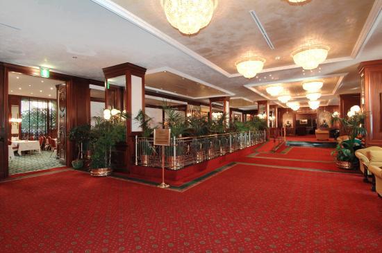 Italy Bologna Royal Hotel Carlton Common Area Hall