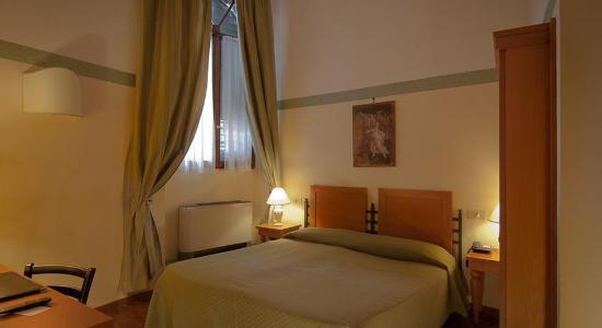 Botticelli Hotel: Room