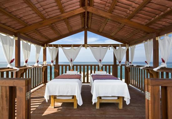 Sheraton Buganvilias Resort & Convention Center: Massage Cabana