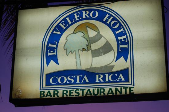 Hotel El Velero: right on the beach
