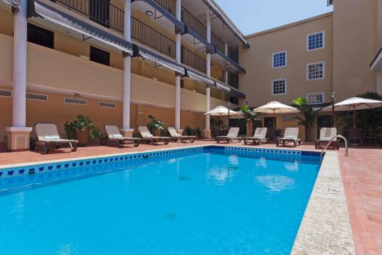 Country Inn & Suites by Radisson, Panama City, Panama: CountryInn&Suites PanamaCity  Pool
