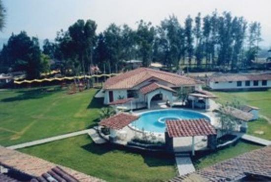 Hotel & Spa Laguna Seca: exterior view
