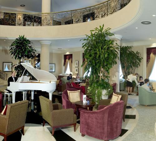 돈바스 팰리스 호텔 사진