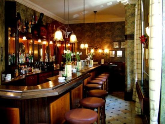 โฮเต็ล โครน: Bar/Lounge