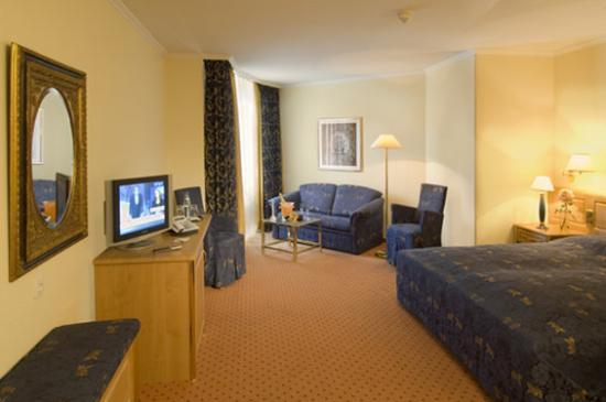 Top Conrad Hotel De Ville Munchen