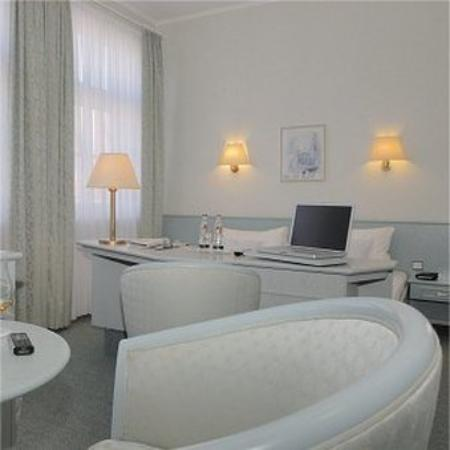 TOP CountryLine Nordseehotel Freese_Guest Room