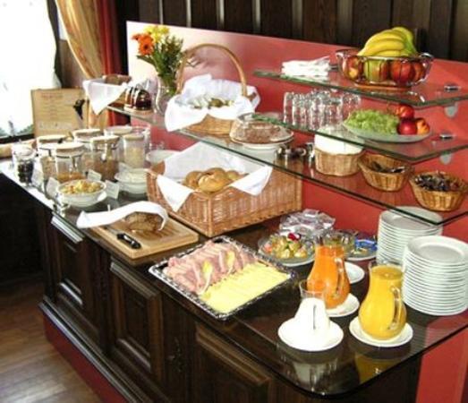 Hotel Grader: Breakfast