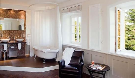 Mittermeier Restaurant & Hotel: Bathroom