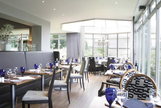 Newton Muthu Hotel: Restaurant