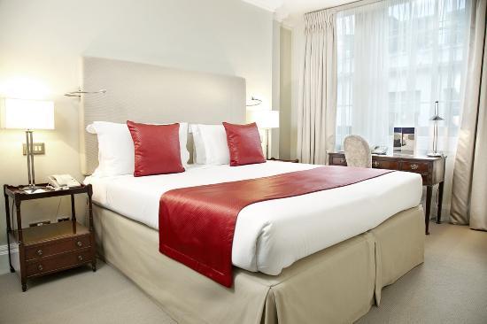Photo of Dukes Hotel London