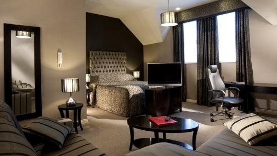 Malone Lodge Hotel & Apartments: Suite