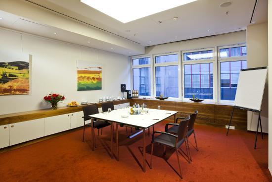 Grand Hotel Wien: Meeting Room Salon