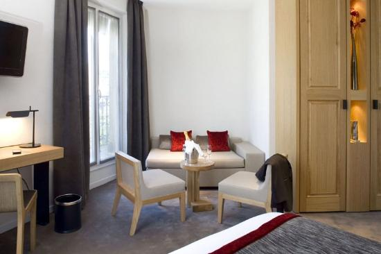 Hotel Marceau Champs Elysees: Junior Suite-LOUNGE PART