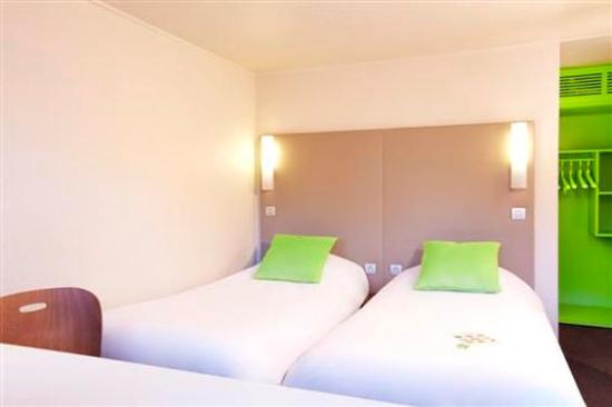 Campanile Bordeaux Nord - Le Lac : Twin Room