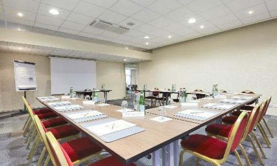 Campanile Paris Sud - Porte D'Orléans - Arcueil : Meeting Room