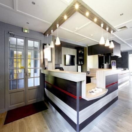 kyriad orly rungis hotel voir les tarifs 172 avis et 69 photos. Black Bedroom Furniture Sets. Home Design Ideas