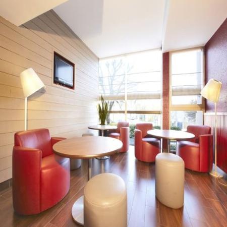 Campanile Creteil Centre: Lounge