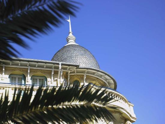 Facade 2 Hotel Gounod Nice