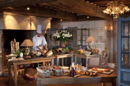 La Ferme Saint Simeon - Relais et Chateaux: Buffet Breakfast