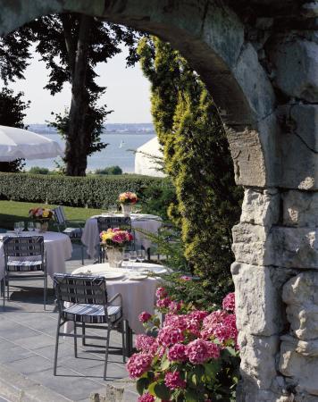 La Ferme Saint Simeon - Relais et Chateaux: Simeon Terrasse