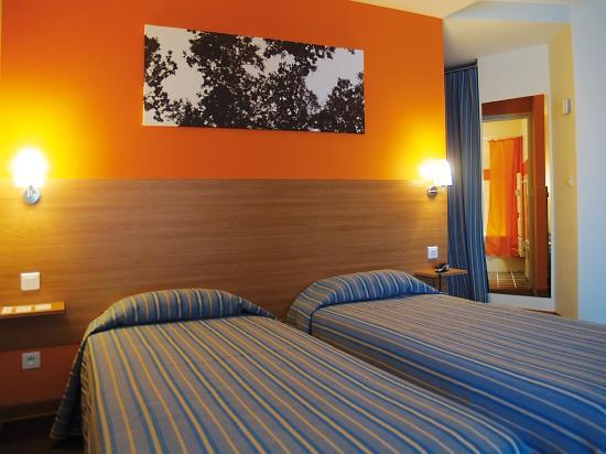 Chambre Bebe Gris Et Menthe : Chambre Deco  Picture of Val Hotel, La ValetteduVar  TripAdvisor