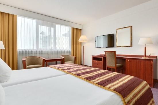 NH Maastricht : Superior Room