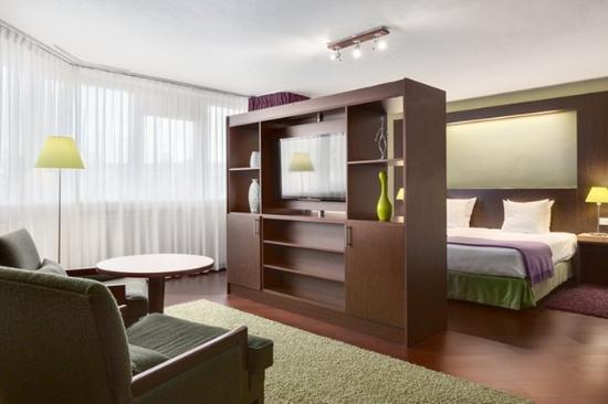 NH Maastricht : Junior Suite