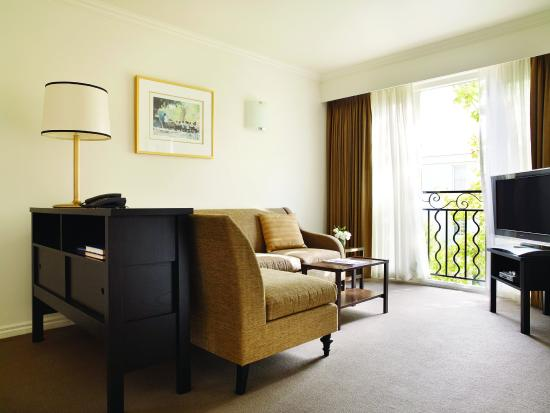 Lyall Hotel and Spa: Suite Living Room