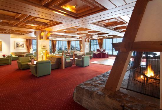 Sunstar Alpine Hotel Grindelwald: Hotel Grindelwald Schweiz Lobby Mit Cheminee