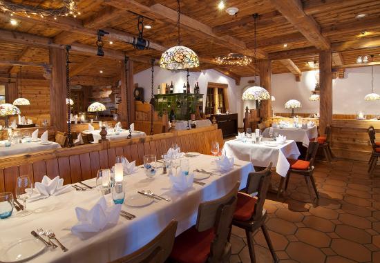 Sunstar Hotel Grindelwald: Hotel Grindelwald Sunstar Restaurant Adlerstube
