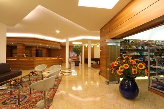 Hotel Coronado: Reception
