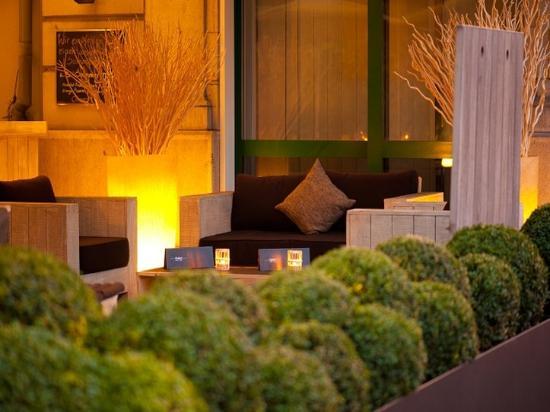 Central Plaza Hotel : Terrace