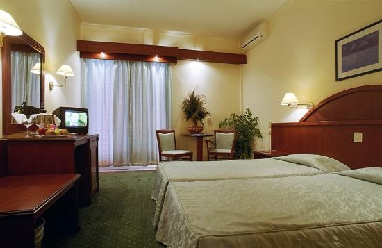 Hotel Philippion: STANDARD TRIPLE ROOM